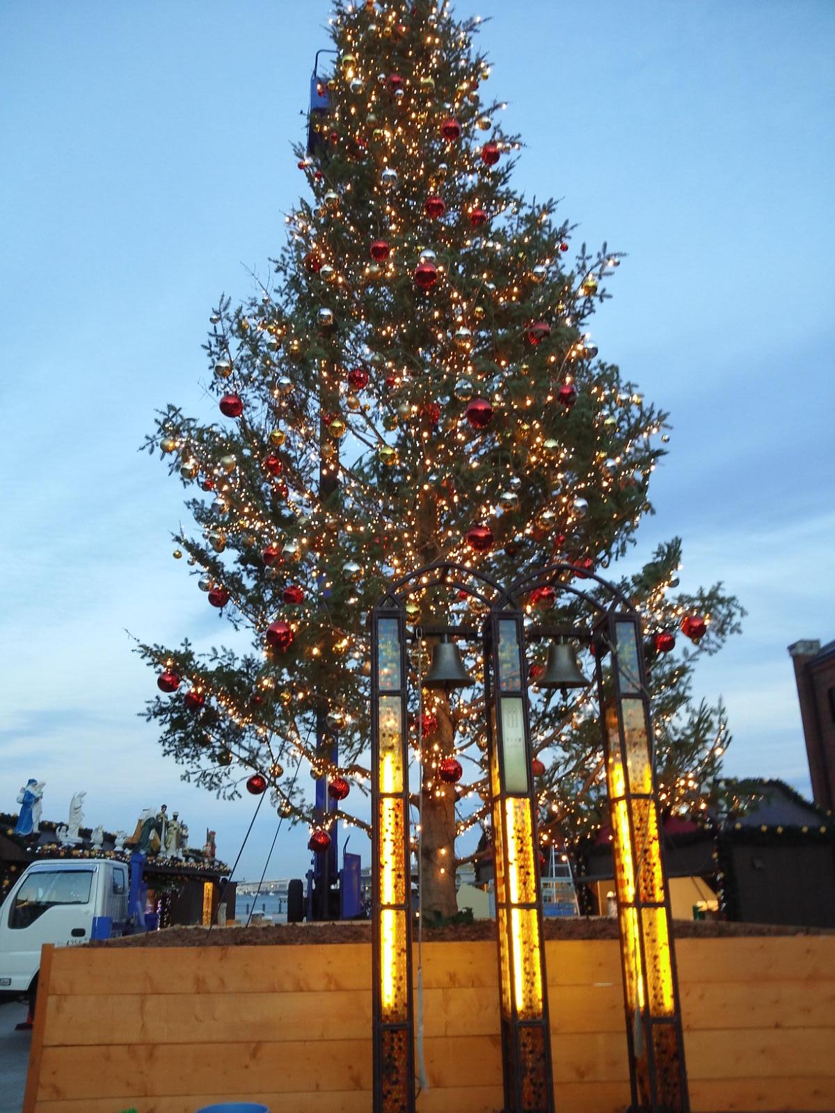 赤レンガ倉庫クリスマスツリー
